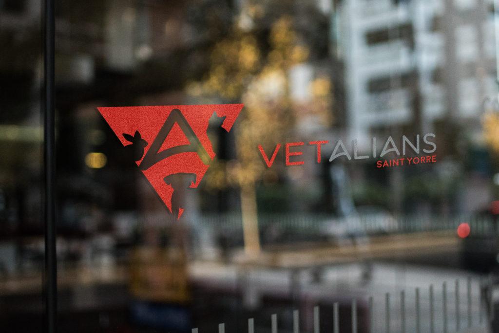 Logo Vétalians Saint Yorre, clinique vétérinaire, Réalisation 2018 - Print - Matthieu Loigerot